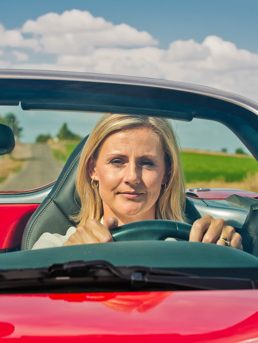 Woman_driving_Idaho_photography.jpg
